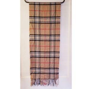 Classic brit plaid scarf